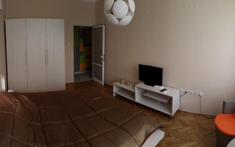 Спалня Ес Джи Груп ЕООД Оборудване за търговски обекти и складове