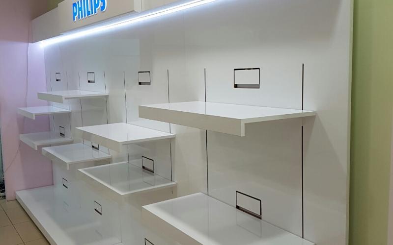 Техномаркет Хърватия гр.Риека Ес Джи Груп ЕООД Оборудване за търговски обекти и складове